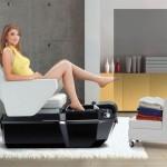 Stol za pedikuro – udoben za stranko in kozmetika!